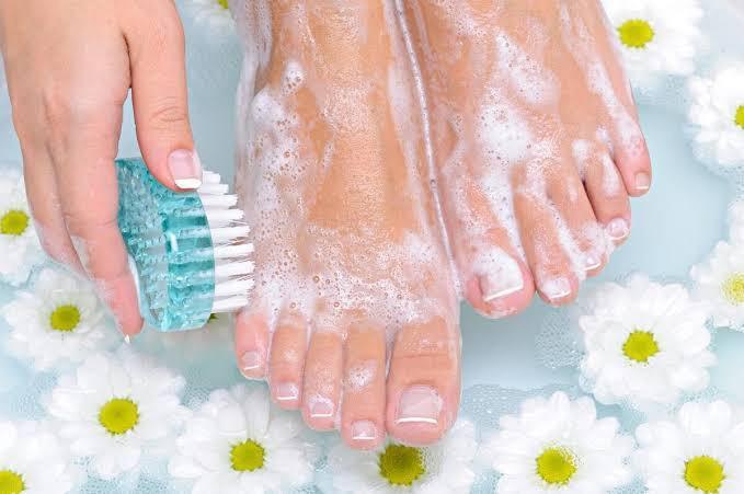 Ayaklarınızı her gün yıkar mısınız?