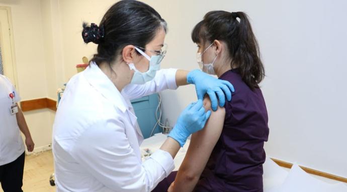 Türkler aşı turizmi için ABD'ye geliyor
