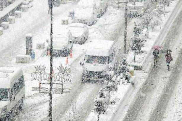 Kar yağdığında okul tatilleri tarih mi oldu artık?