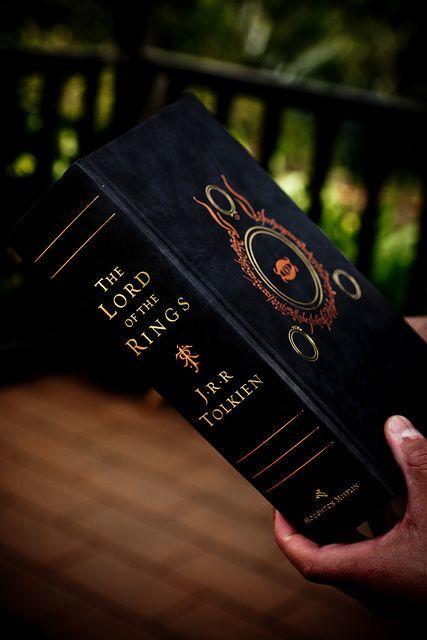 Yüzüklerin efendisi kitabı mı daha iyi filmi mi?