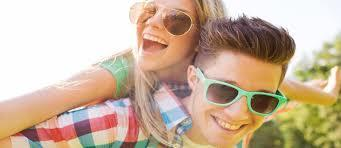 En yakın arkadaşınızla evlenmek boşanma riskini azaltıyormuş. Siz en yakın arkadaşınızla evlenir misiniz?