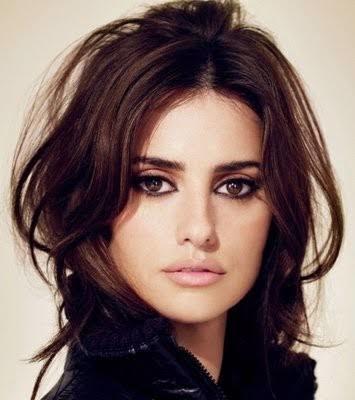 Bence bu kadının gözleri çok güzel