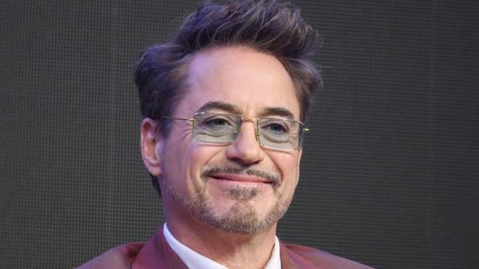 Robert Downey Jr. denildiğinde aklınıza gelen ilk film hangisi olur?