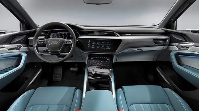 Hangi aracın iç tasarımı daha etkileyici ve çekici?