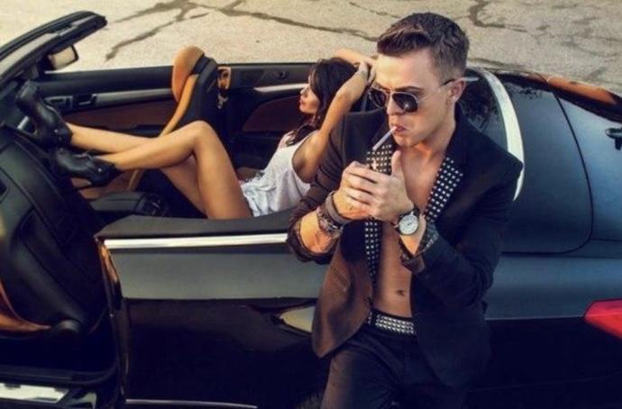 Erkeğin arabasının markası kızları etkiler mi?