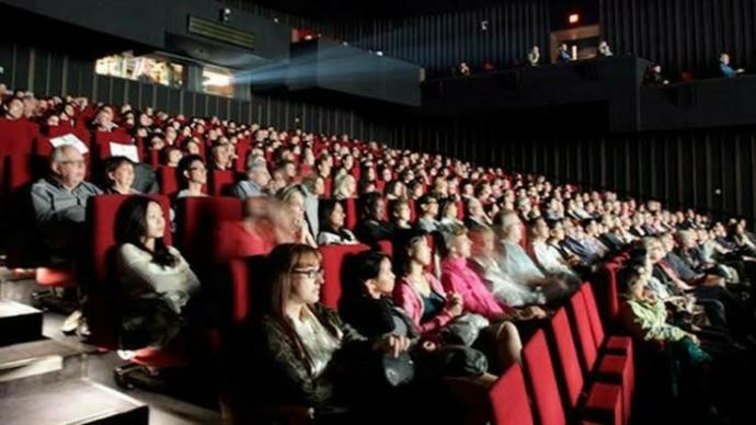 Hangi tür filmleri özellikle sinemada izlemeyi tercih edersiniz?