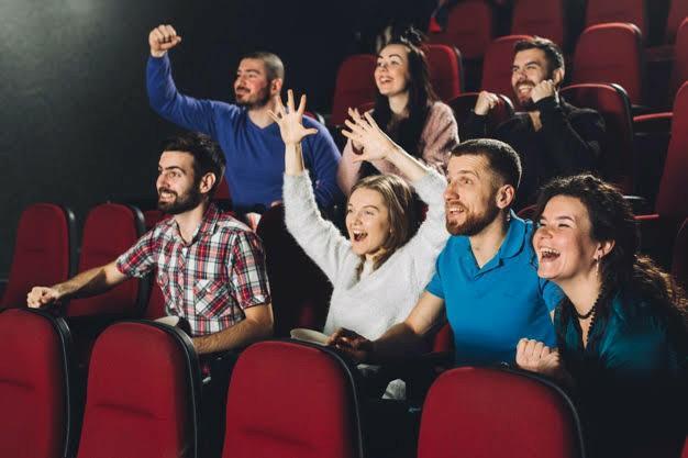 Film izlerken tepki verir misiniz?