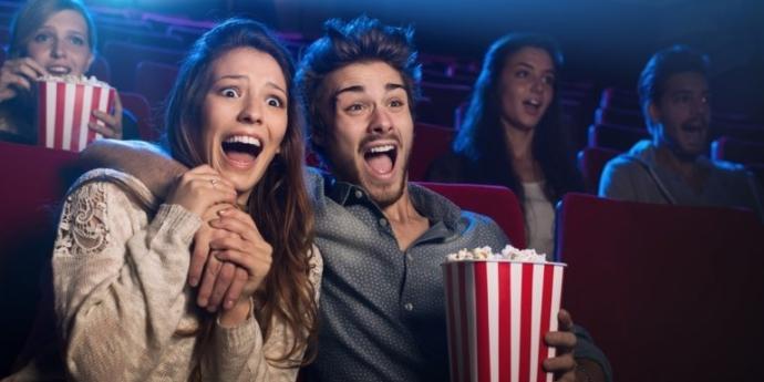 İzleyeceğiniz filmi vizyondayken sinemada mı izlersiniz, yoksa piyasa düşmesini mi beklersiniz?