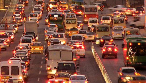 Günümüzde trafik kazaların sebepleri nelerdir?