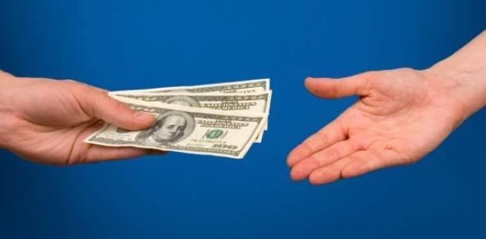 Sevgiliniz; 14 şubatta bana hediye alma parasını ver dese tepkiniz ne olurdu?