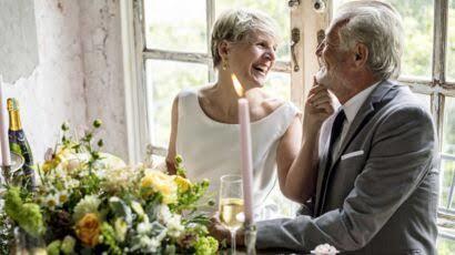 50sinden sonra evlenmek ayıp mı?