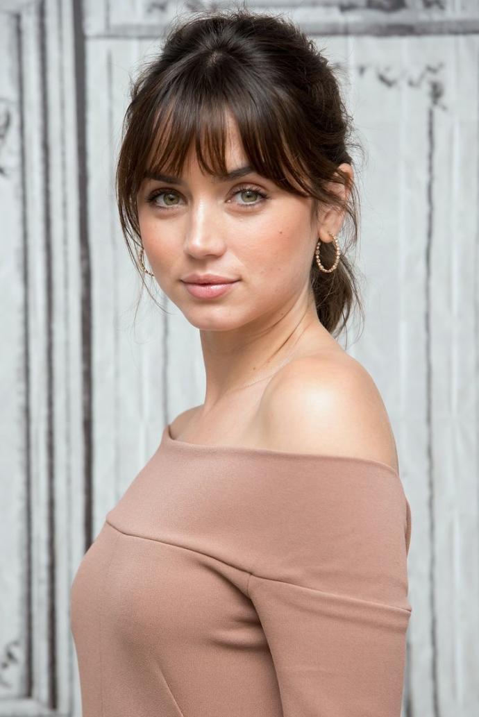 Sizce oyuncu Ana de Armas güzel mi?