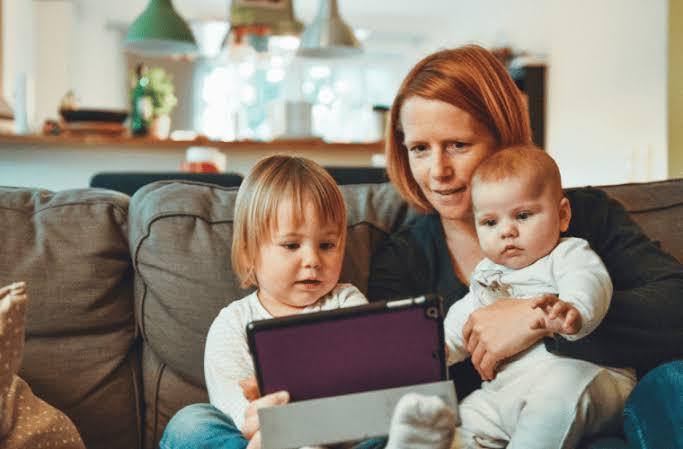 Anne çalışmalı mı yoksa evde çocuk mu büyütmeli?