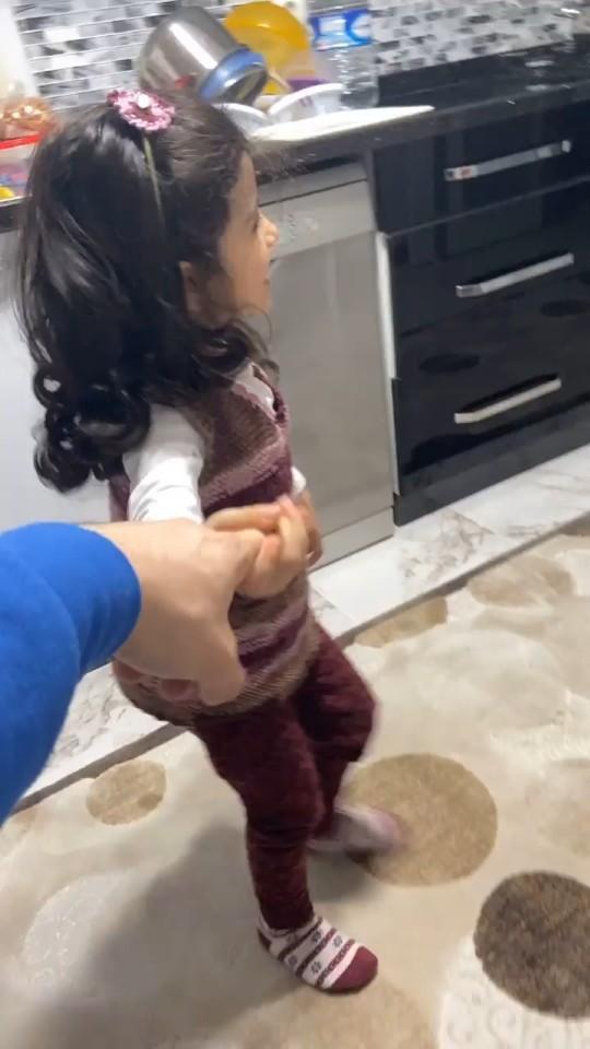 Yeğenimin beni rahat bırakması için ne yapabilirim😂?