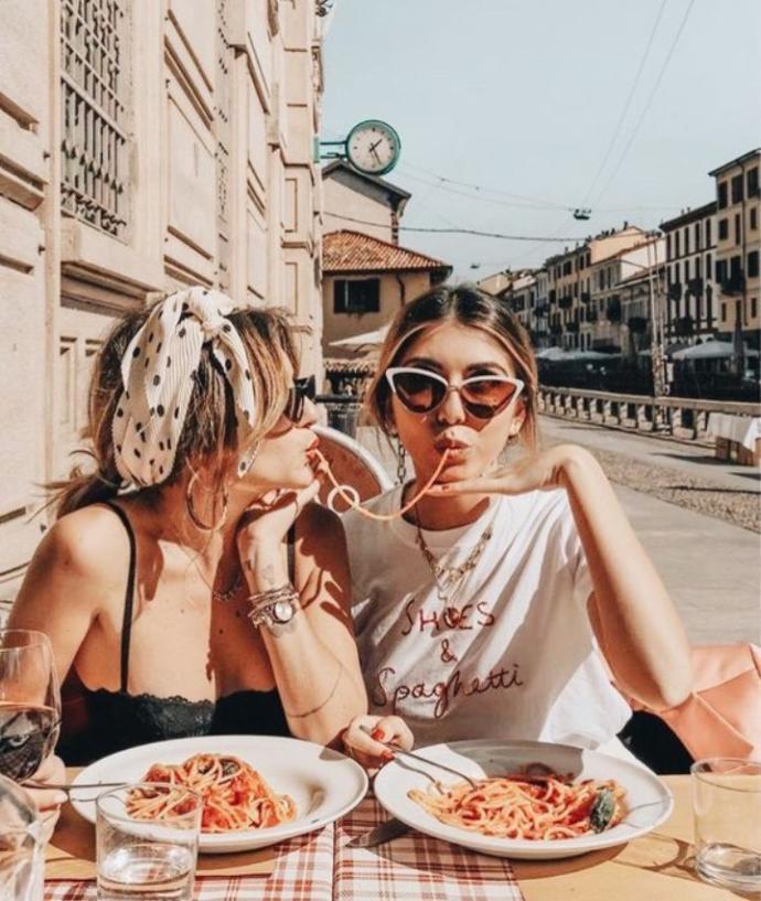 Arkadaşlarınız ile buluşunca genelde ne yersiniz?