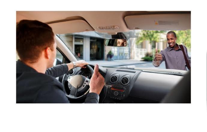 Sizce, kadın sürücüler mi yayalara daha çok yol veriyor yoksa erkek sürücüler mi?
