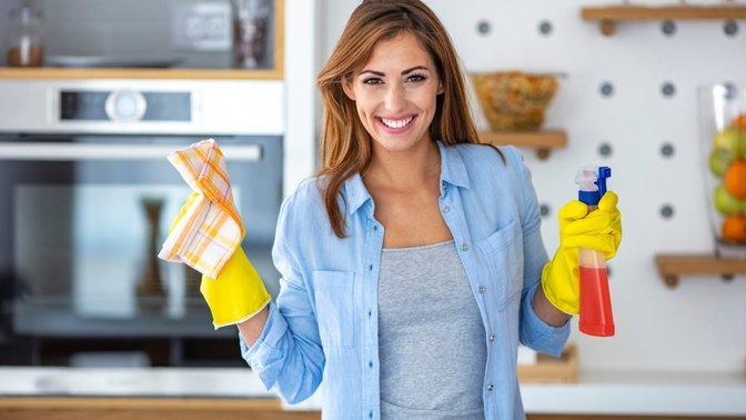 Hediye kazanma zamanı! Temizlikte çok amaçlı spreyleri mi, yoksa uzman spreyleri mi tercih ediyorsun?