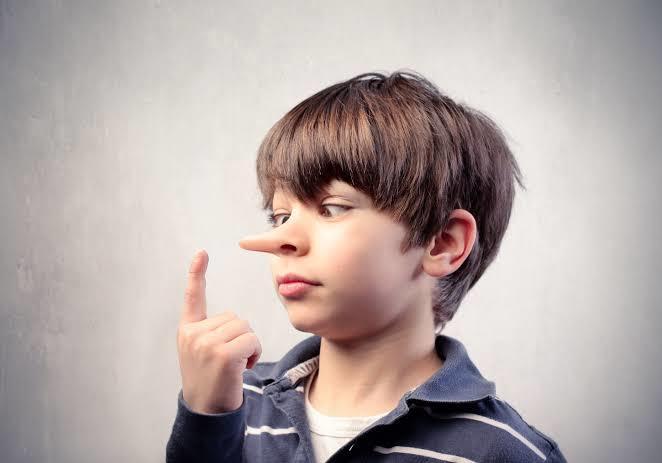 Ebeveynler çocuğun ahlak gelişiminde nelere dikkat etmeli?