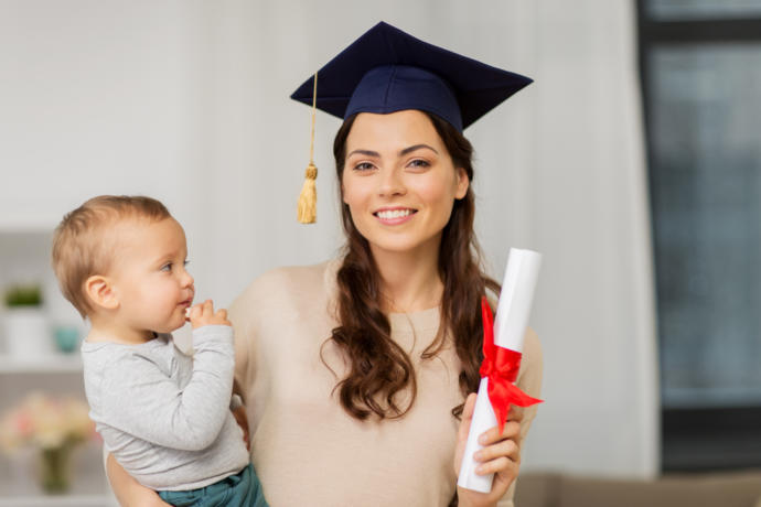 bebekle üniversite okumak