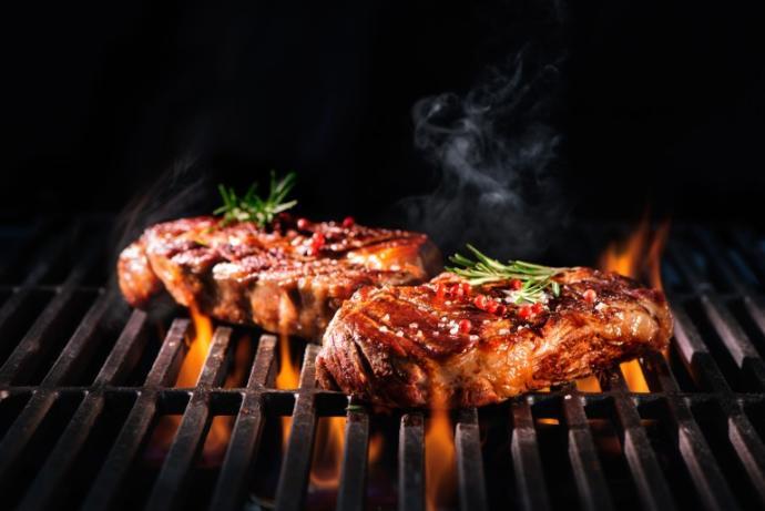 Izgarada pişirilen et ile ateş arasındaki mesafe ne kadar olmalıdır? O mesafenin önemi nedir?