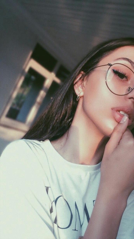 Gözlüklerin kadınlara ekstra çekicilik kattığı doğru mu?