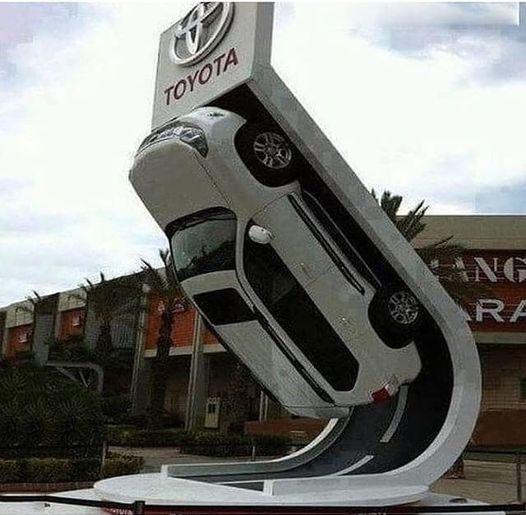 Yol tutuşu en iyi araba sizce hangisidir?