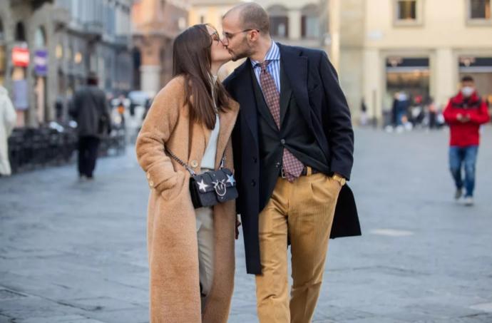 Yaşınıza daha yakın sevgili mi tercih ediyorsunuz?