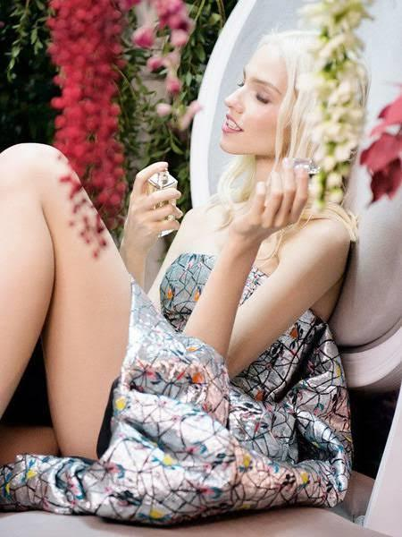 Bir kadının parfümü , onun el yazısından daha çok şey anlatır derler peki sizin anladıklarınız neler?