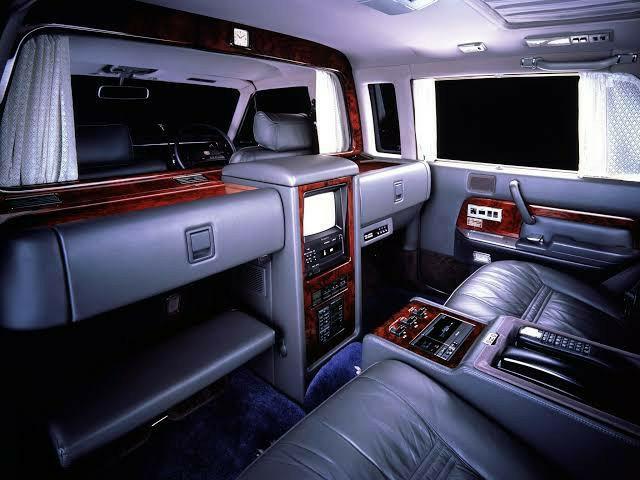 Hangi aracın içi daha çekici?