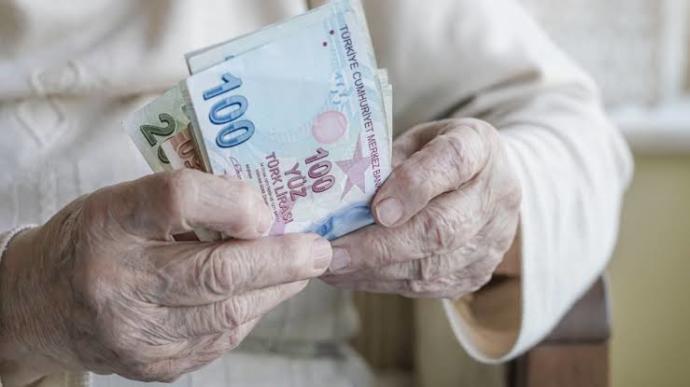 Her şeye zam gelirken emeklilere verilen Bayram İkramiyesi neden yine 1000 TL?