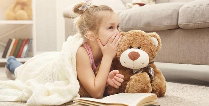 Çocuklara tanımadığı yabancı insanlarla konuşmamaları gerektiğini nasıl anlatabiliriz?