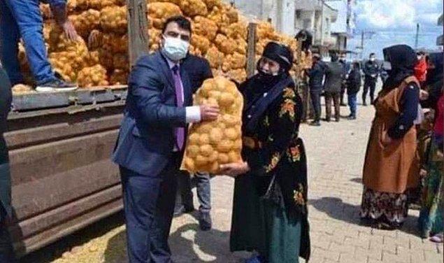 Patates-soğan yardımını şova dönüştüren Hilvan Kaymakamı, samimi gözüküyor mu?