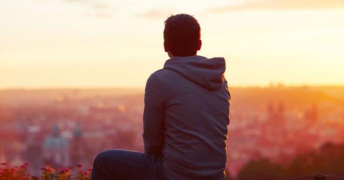 Aşkın acısı mı yoksa yalnızlığın soğuğu mu? Hangisi daha çok üşütür?