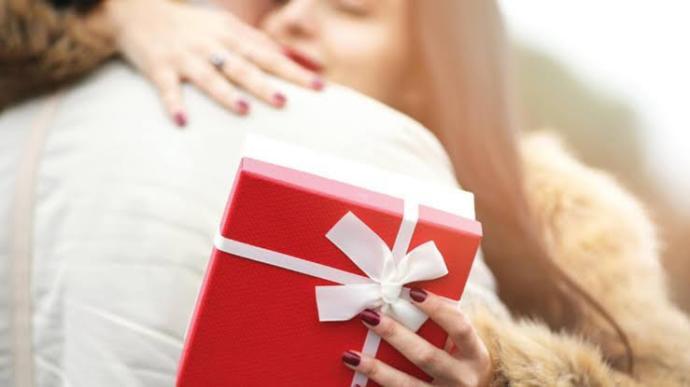Birine hediye alabilmek için borca girer misiniz?