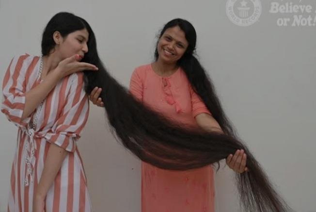 Dünyanın en uzun saçlı genci 12 yıl sonra i̇lk kez saçlarını kestirdi. Saçlarınızı kesmeden ne kadar zaman dayanabilirsiniz?