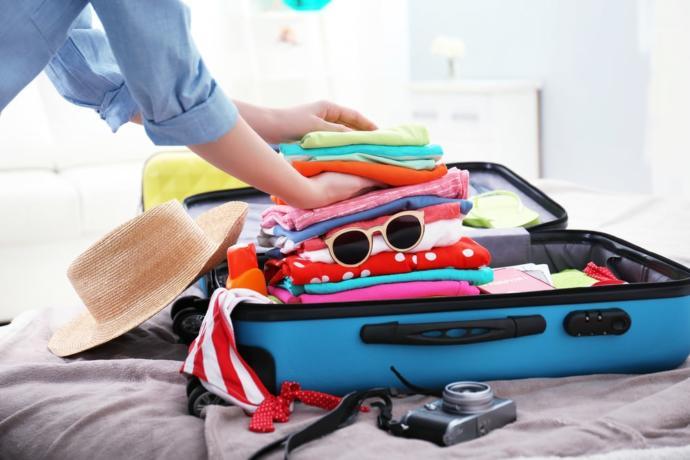 Seyahatlerinizde illa bavulun bir köşesine sıkıştırdığınız olmazsa olmazınız nedir?