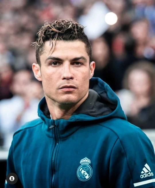 Cristiano Ronaldo çekici/yakışıklı mı?