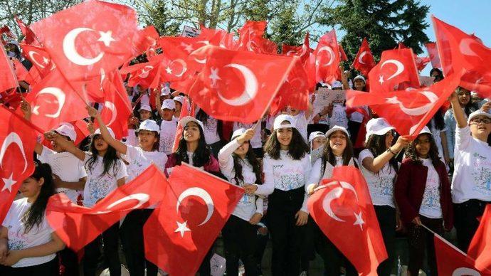 23  Nisan  anmaları yasak, tarikat cenazeleri serbest! Türkiye Cumhuriyeti mollalar devleti mi oldu?