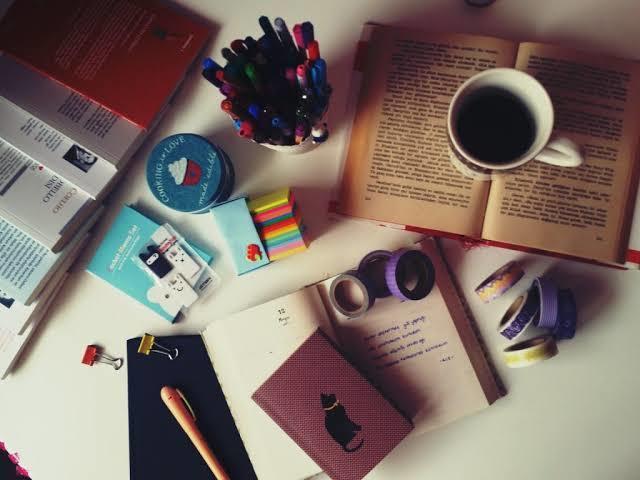 Ders çalışırken ortamın fotoğrafını paylaşır mısınız?