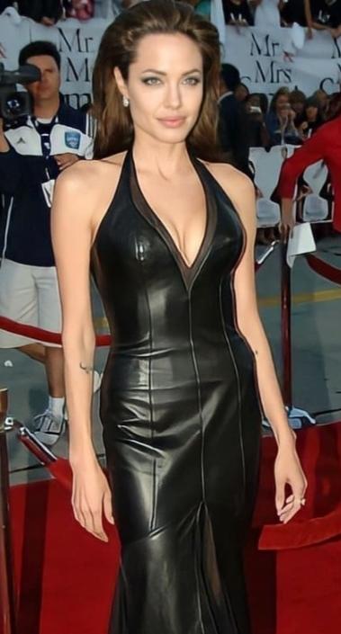 Angelina Jolieden daha güzel bir kadın var mıdır Dünya da?