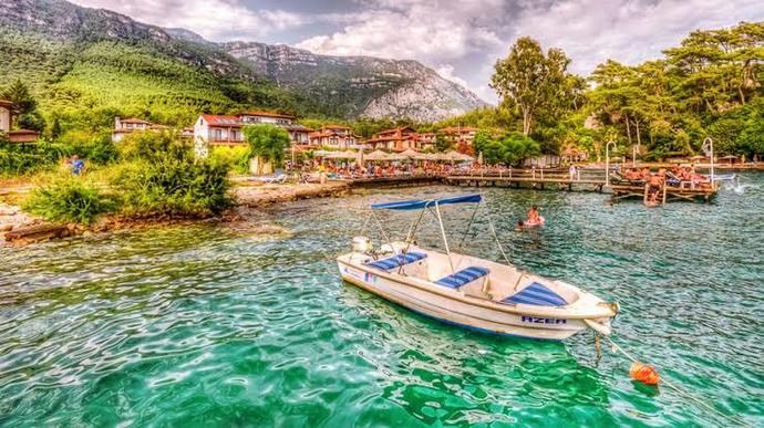 Emekli olunca İzmire sahil kasabasına yerleşmek istiyorum. Sizce en güzel şehir hangisi?