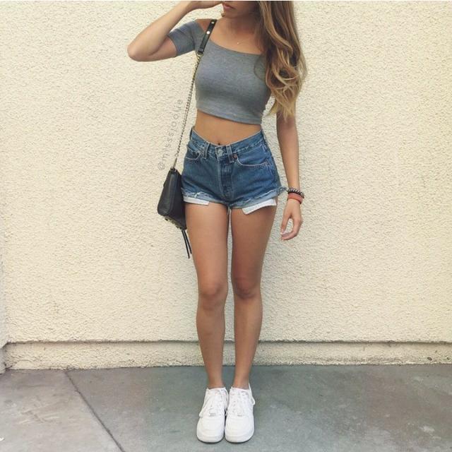 sizce bu bacak tiplerinden hangisi en güzel olanı?