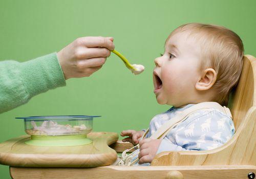 Bebeğiniz ek gıdayı red ediyor mu?
