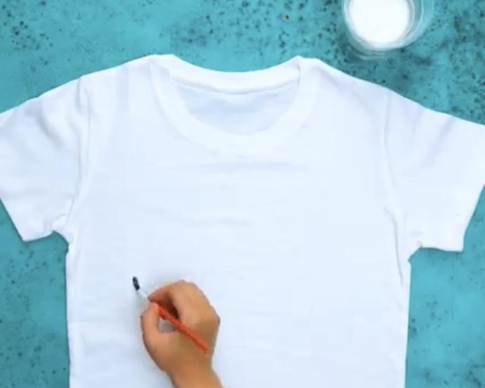 Tişörtünüze baskı boyama yapabiliyor musunuz?