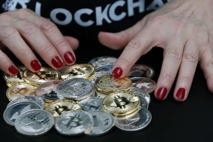 Türkiyede kripto para teknolojisi ile ilgili ilk fon kuruldu. Böyle bir fona yatırım yapar mısın?