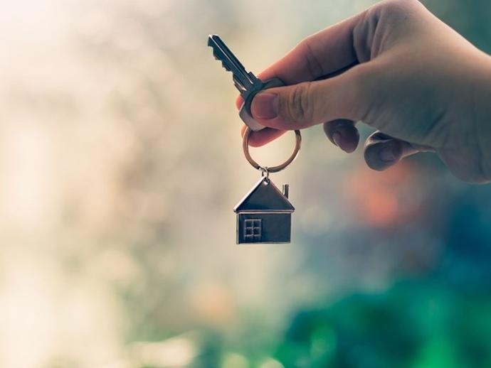 Evin Anahtarını vermek, boşanma sebebi sayıldı. Siz evinizin Anahtarını ailenize verir misiniz?