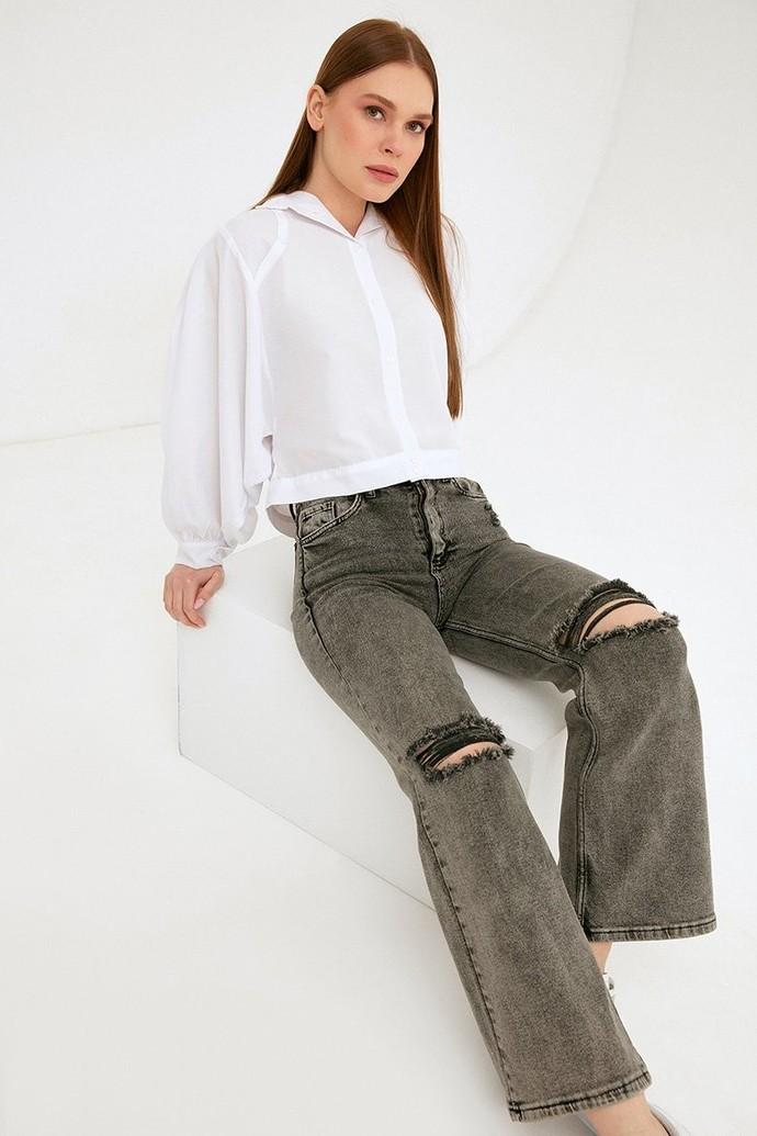 Bu pantolonun altına uzun Converse olur mu?