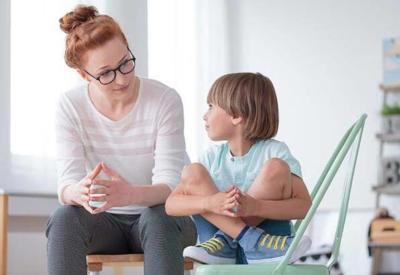 Sabırsız çocuklara beklemeyi nasıl öğretebiliriz?