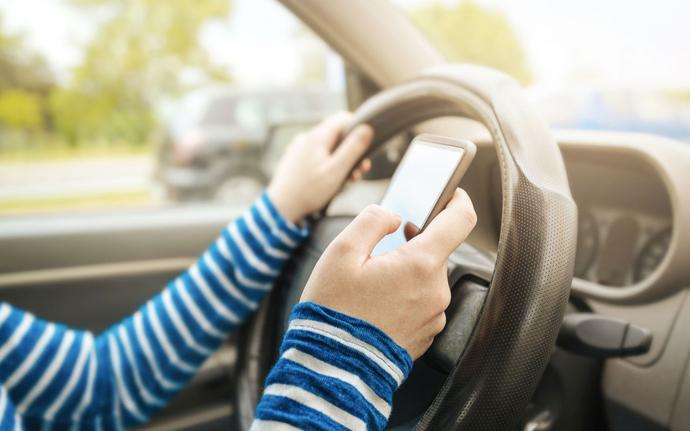 Araç içerisinde doğru telefon kullanımı nasıl olmalı?