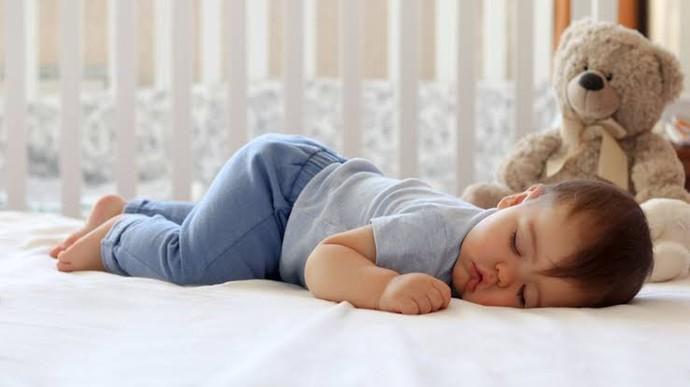 Bebeği uyutmak konusunda Anneler mi yoksa Babalar mı daha başarılı, neden?